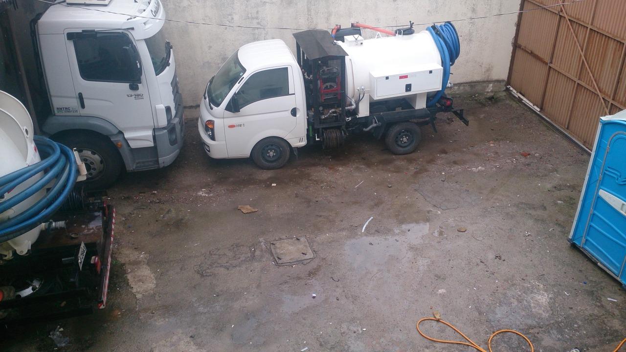 Conserto de drenos para cozinha e banheiro