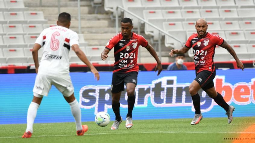 Athletico sai na frente, mas São Paulo busca empate em Curitiba